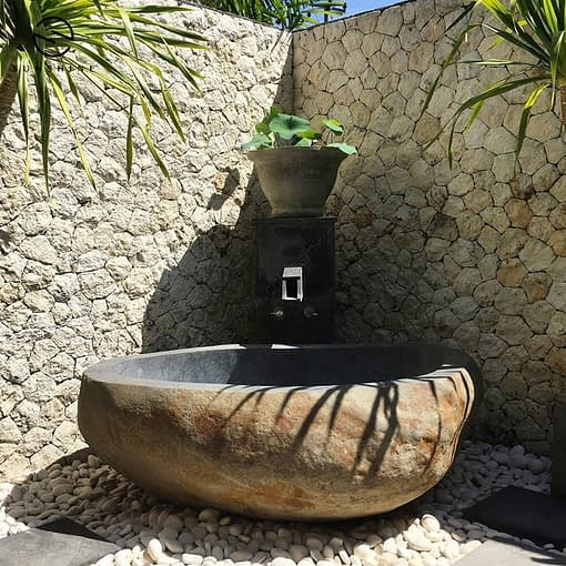natural stone river cobble bath tubs